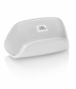 The JBL Soundfly BT in all its glory.