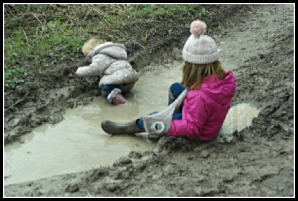 muddle puddles, #CountryKids, Coombe Farm, activities with children