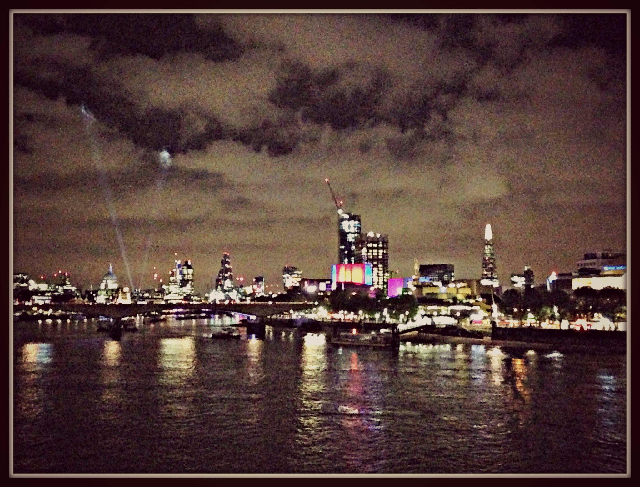 London skyline, by night