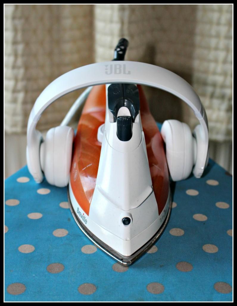 JBL Everest 300, cordless headphones,