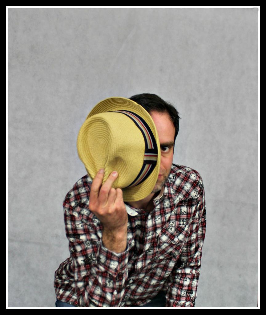 Joe Browns, menn's style, men's fashion, Joe Browns, hat, jeans, shirt
