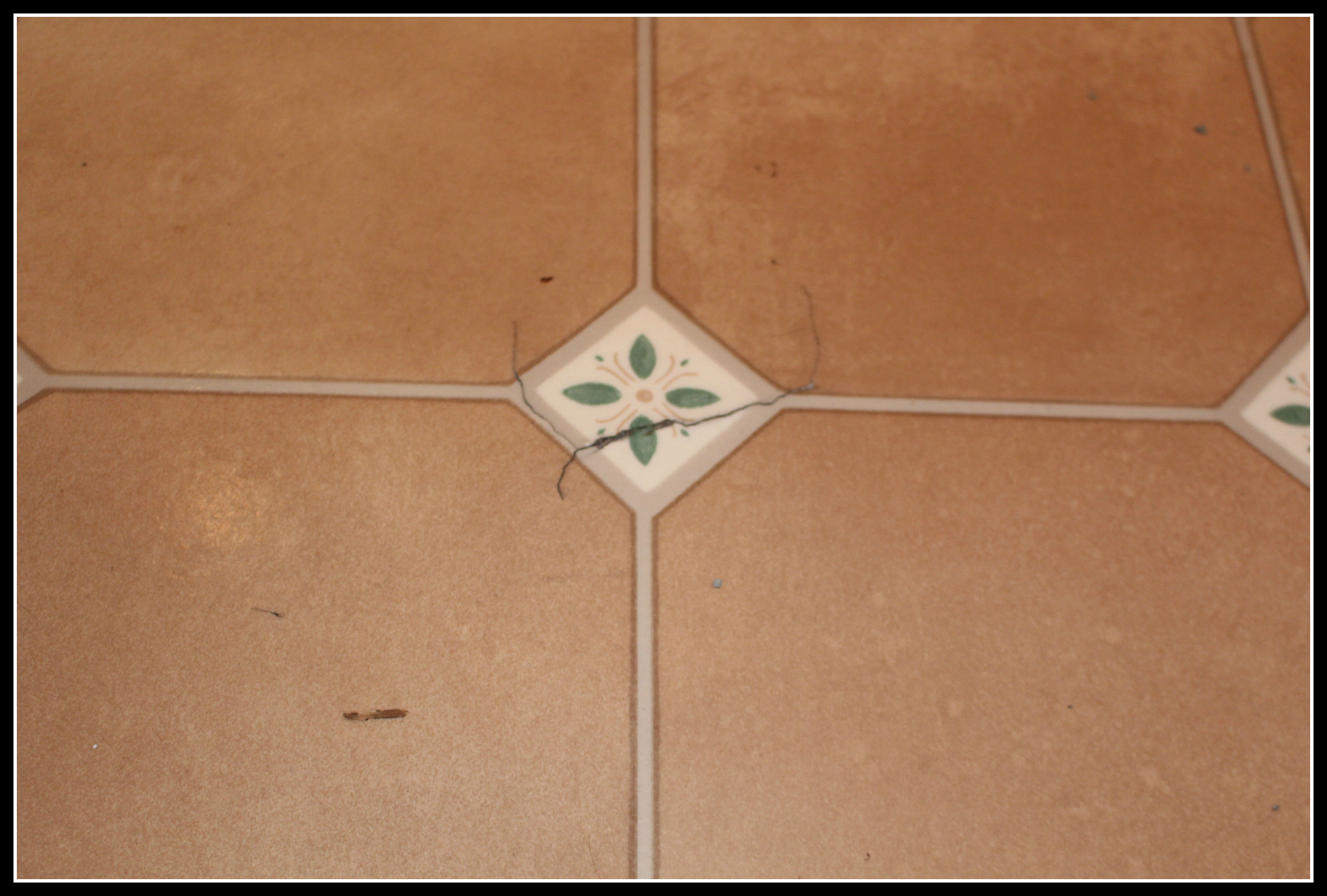kitchen floor, damaged kitchen floor, lino, damaged lino, home improvement,