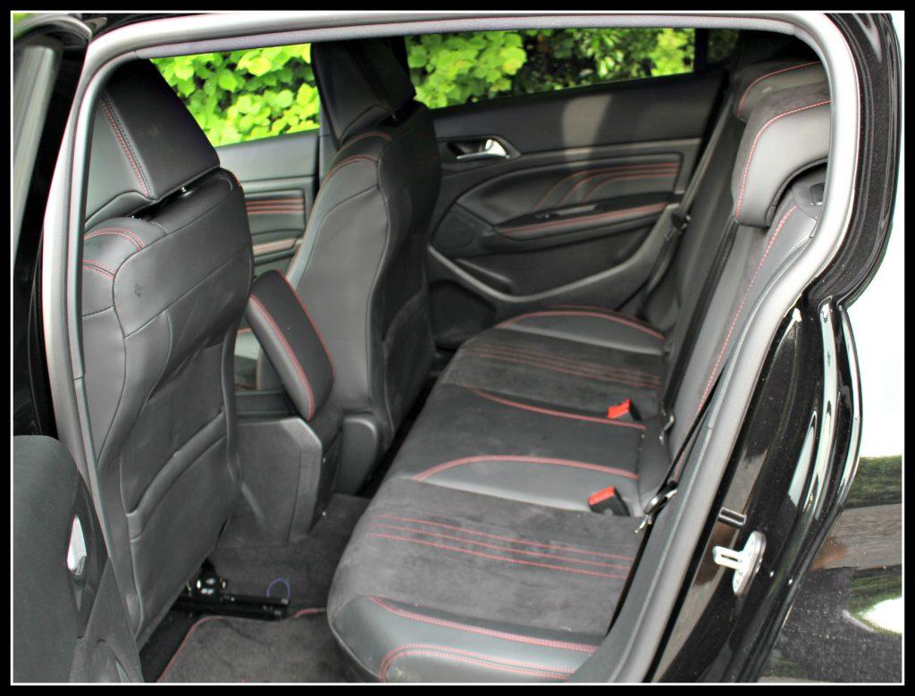 Peugeot 308 GT, Peugeot, Peugeot 308 GT test drive and review