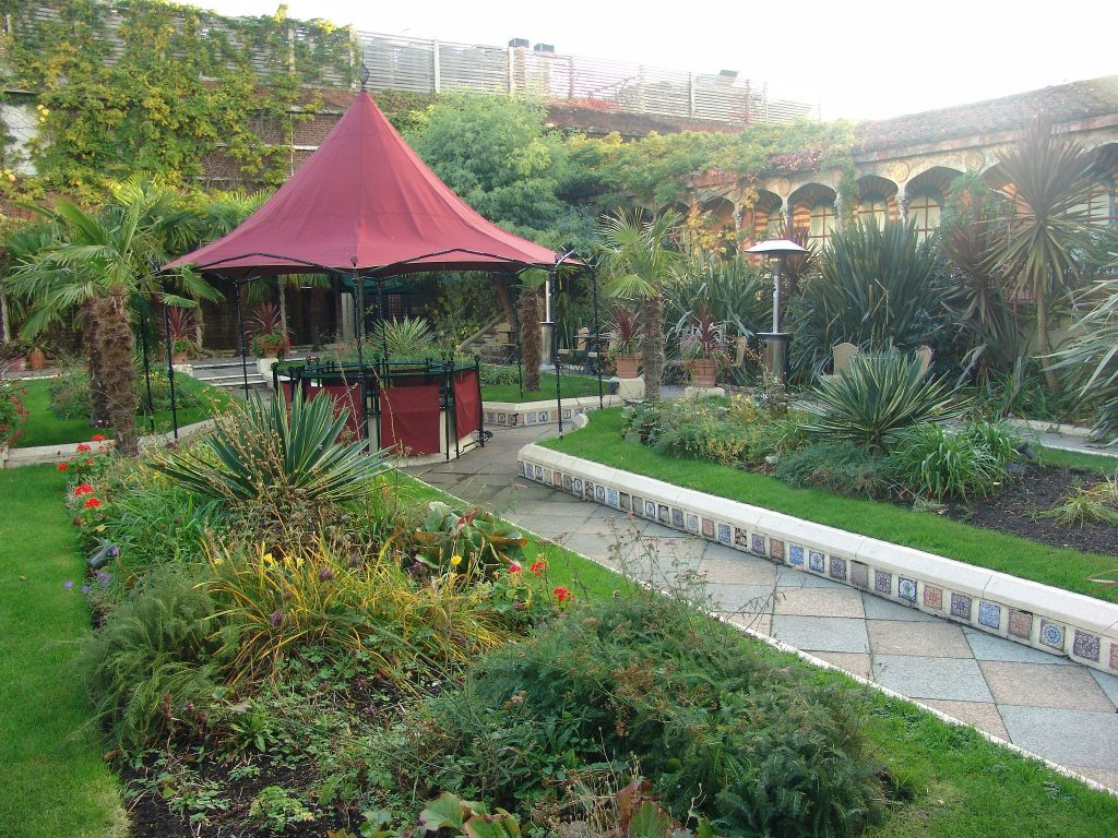#SEhiddengems, Southeastern Railways, Southeastern Trains, London, Kensignton Roof Gardens