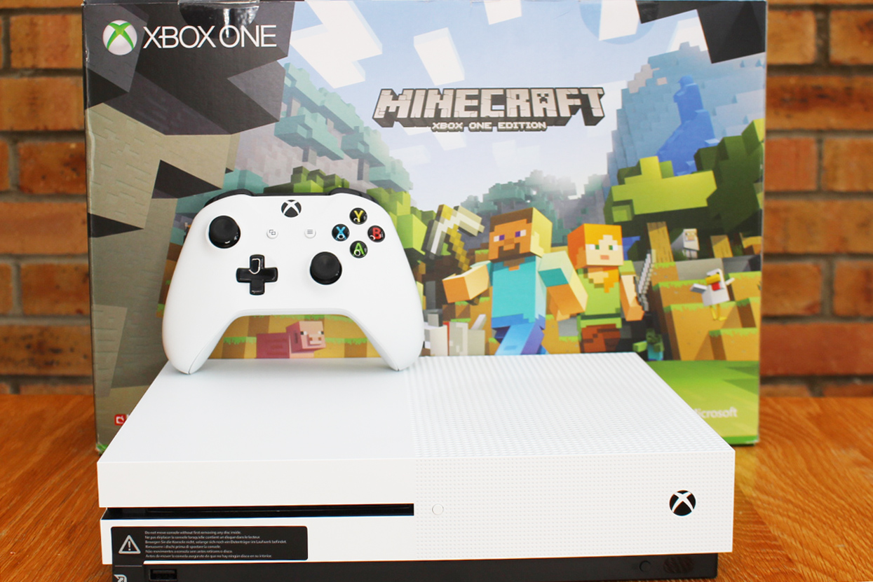 Xbox One S, Xbox One S Minecraft Review,