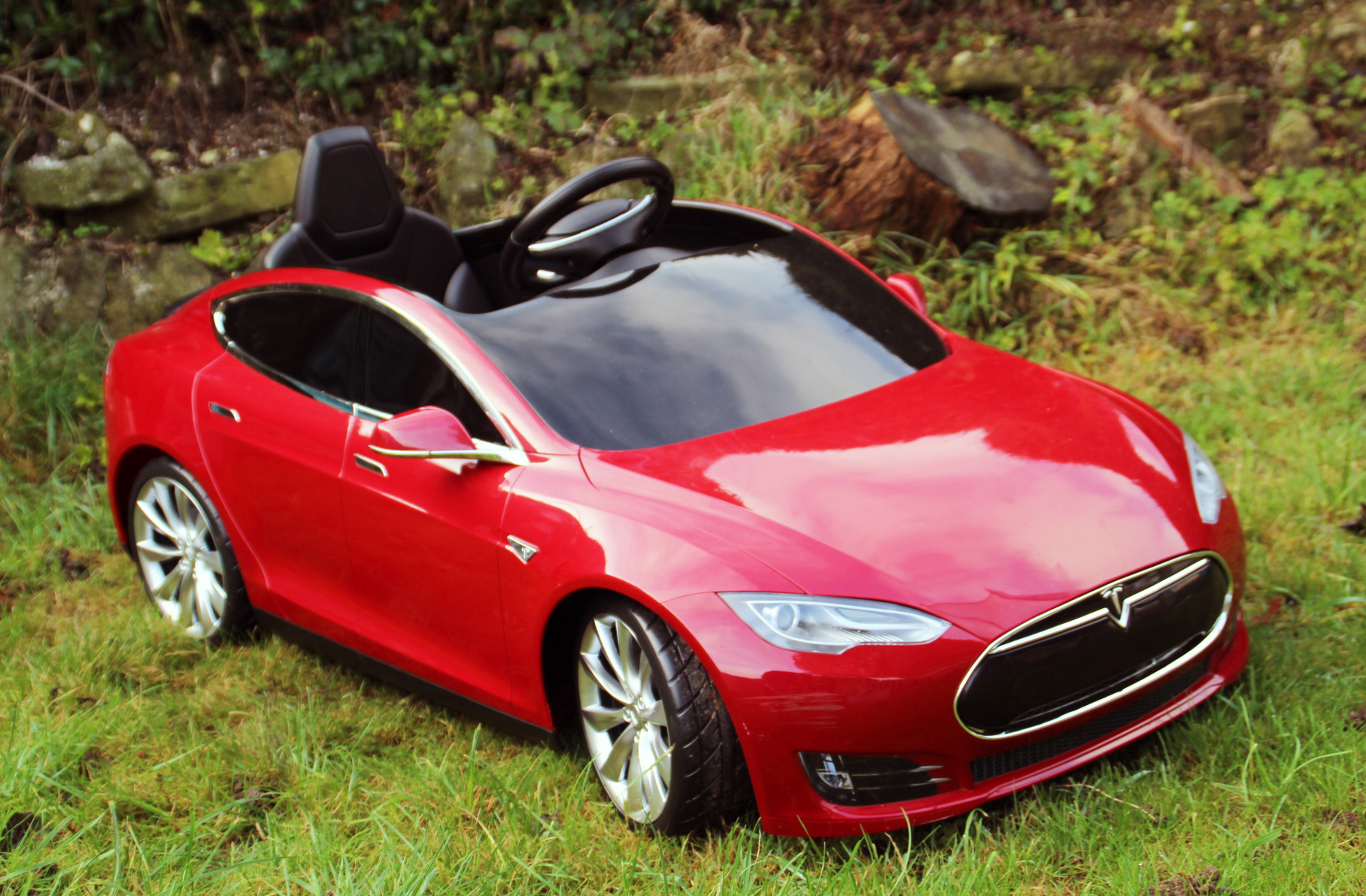 When my eight year old drove a Tesla Model S