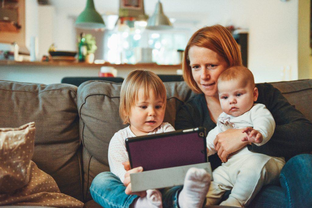 impatience, impatient children, technology, influence of technology
