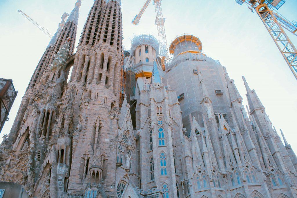 Barcelona, Sagrada Familia, Avis, Avis guide to Barcelona