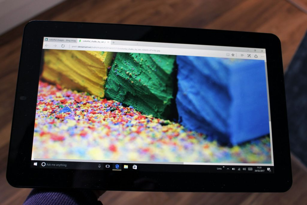 Venturer mini lap top, two in one, tablet, dadbloguk,, dadbloguk.com
