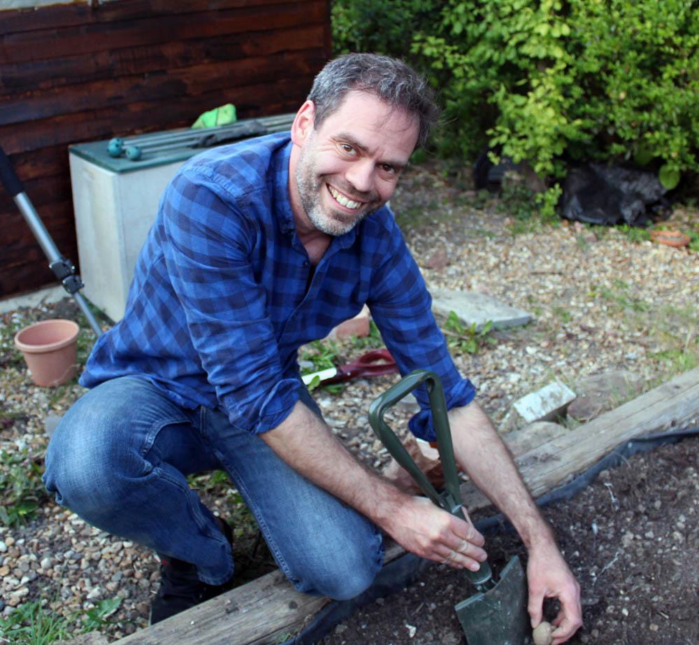gardening, garden, growing vegetables, grow your own, dadbloguk.com, dadbloguk, school run dad