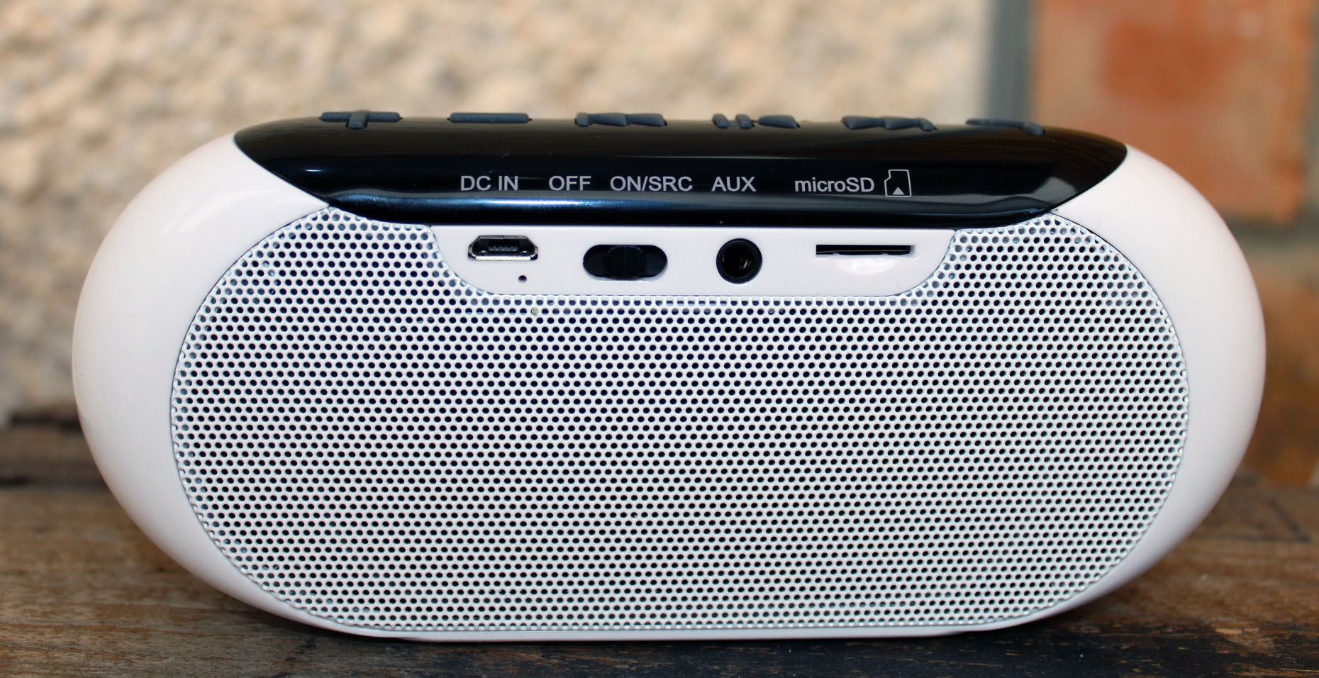 Edifier MP211, wireless speaker review