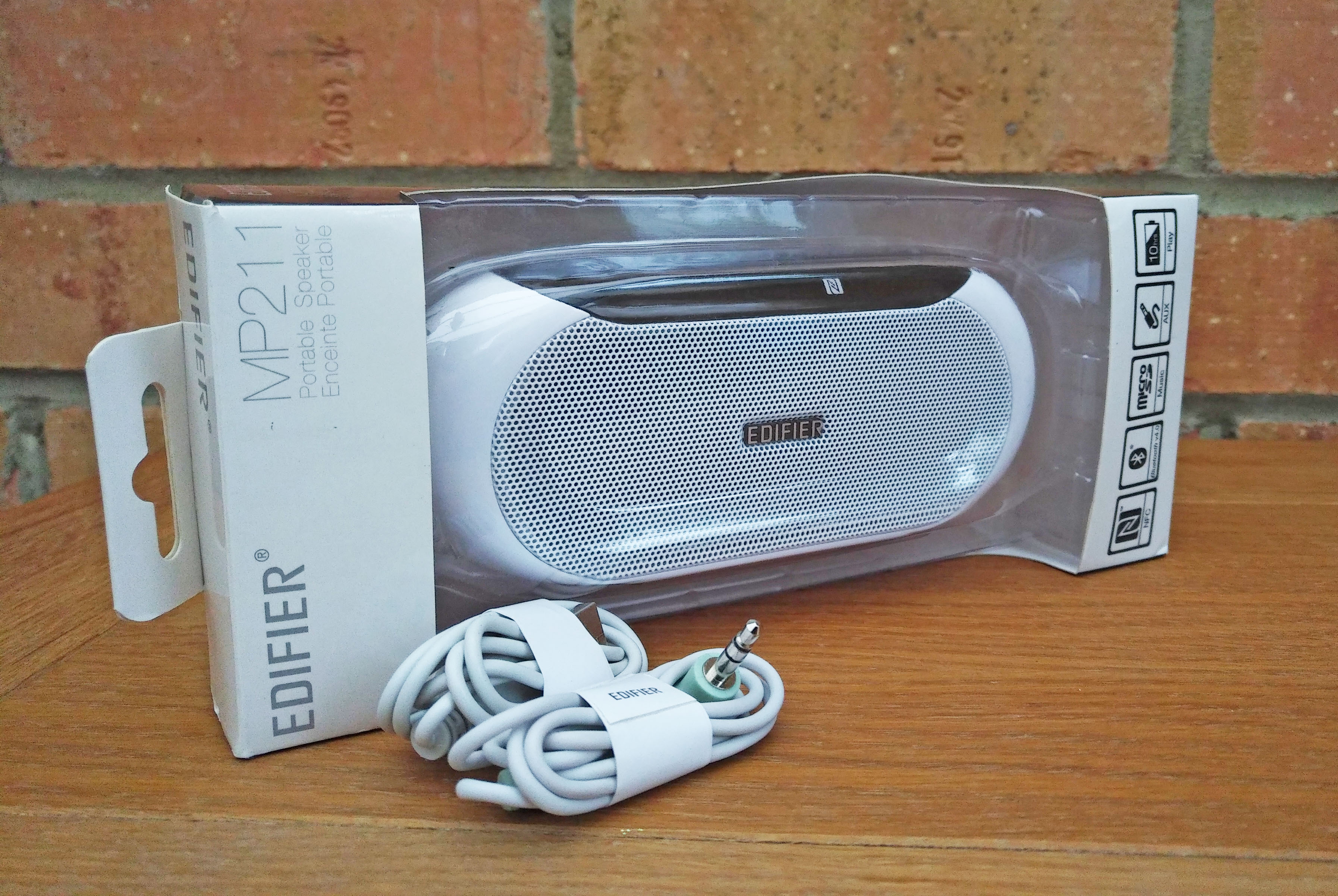 Sterep reviews, wireless speaker review, Edifier, Edifier MP211, dad blog uk, dadbloguk.com, school run dad