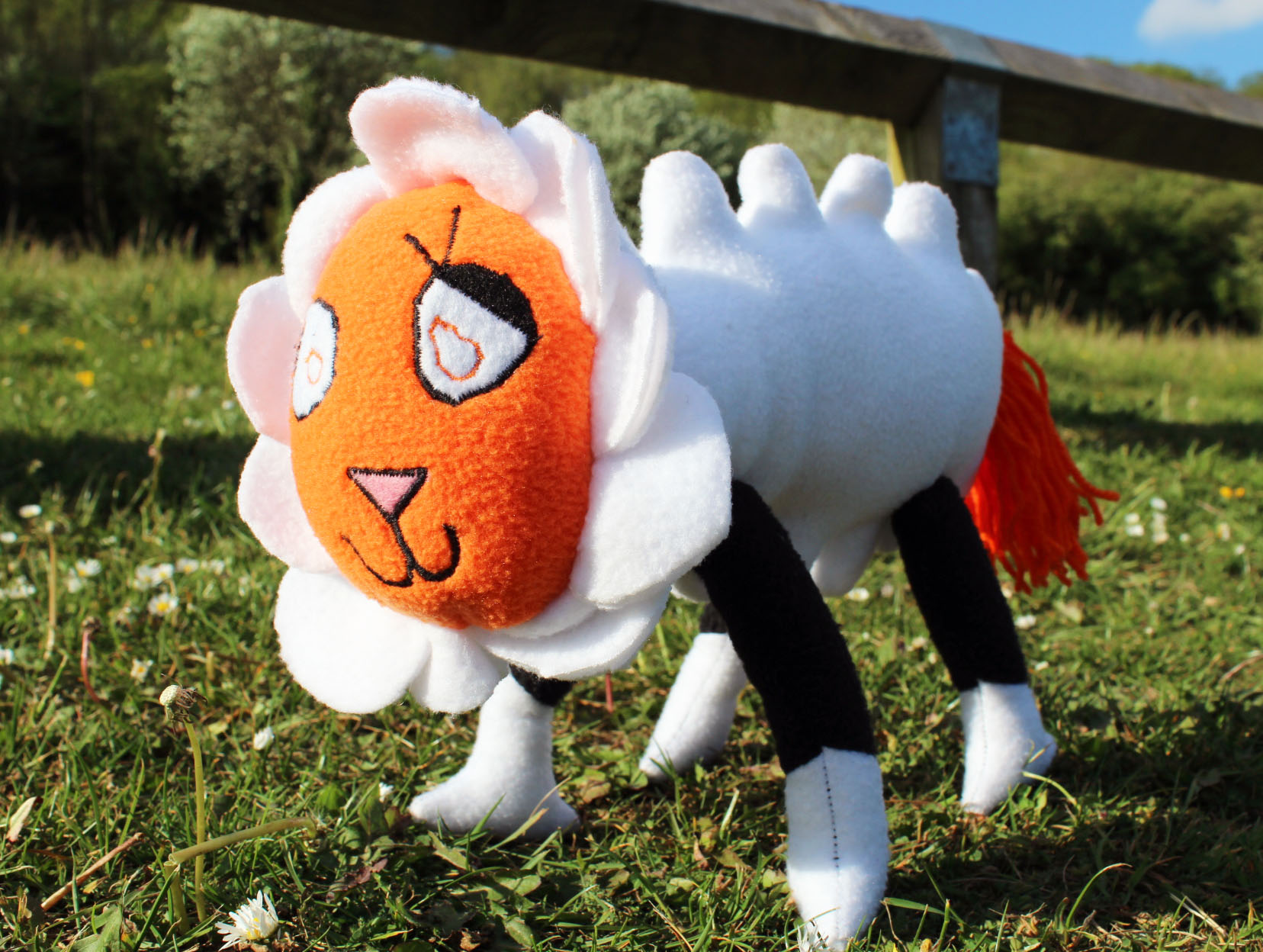 Flamey the sheep: Helen's dream pet