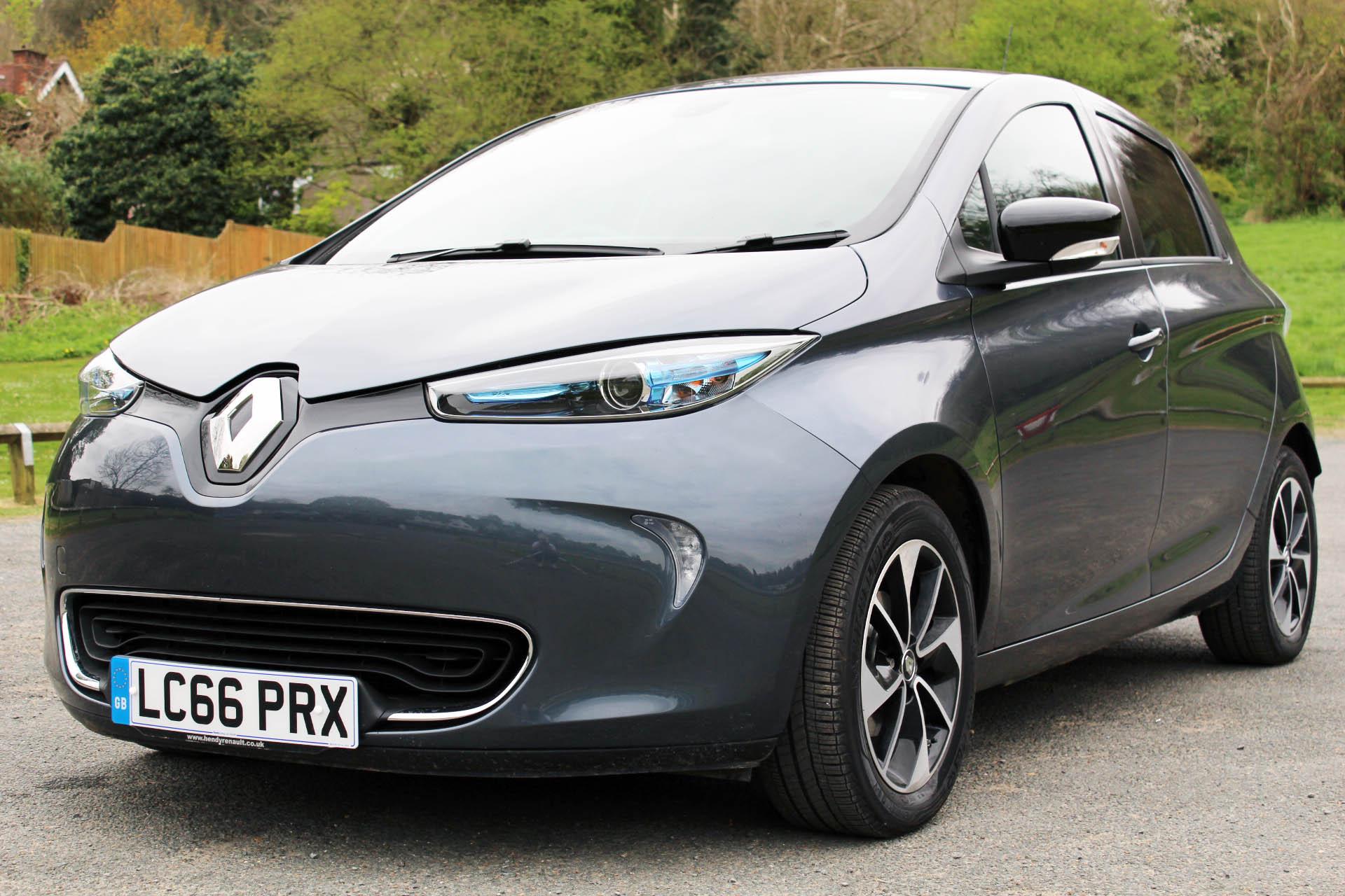 Renault Zoe, electric cars, electric car reviews, EVr Go Electric, dadbloguk, dadbloguk.com, school run dad