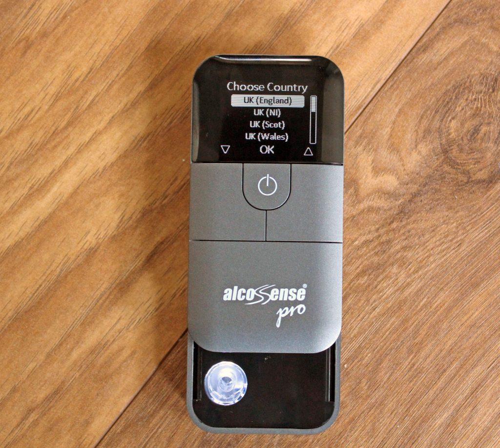 Alcosense, Alcosense Pro, digotal breathalyser, motoring, responsible moritsing, responsible driving, morning after. review, alcosense review
