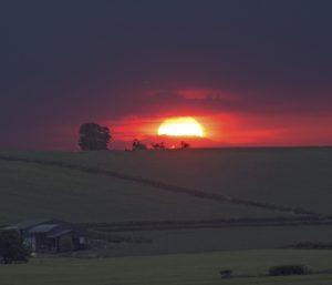 Sunset, Cotswolds, sunset photography, #MySundayPhoto, photography, dadbloguk, dadbloguk.com, dad blog uk, school run dad, Photalife.com, Burford