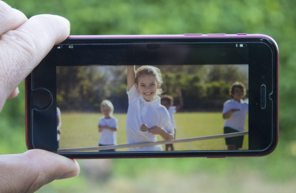 smart phones, mobile phones, dadbloguk, dadbloguk.com, dad blog uk, school run dad, sports day,