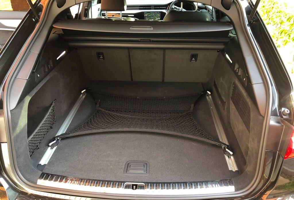 Audi, Audi A6, Audi A6 Avant, Audi A6 Avant review, Audi A6 Avent test drive, family car, family cars, dadbloguk, dadbloguk.com, dad blog uk, school run dad, professional blogger John Adams, uk dad bloggers