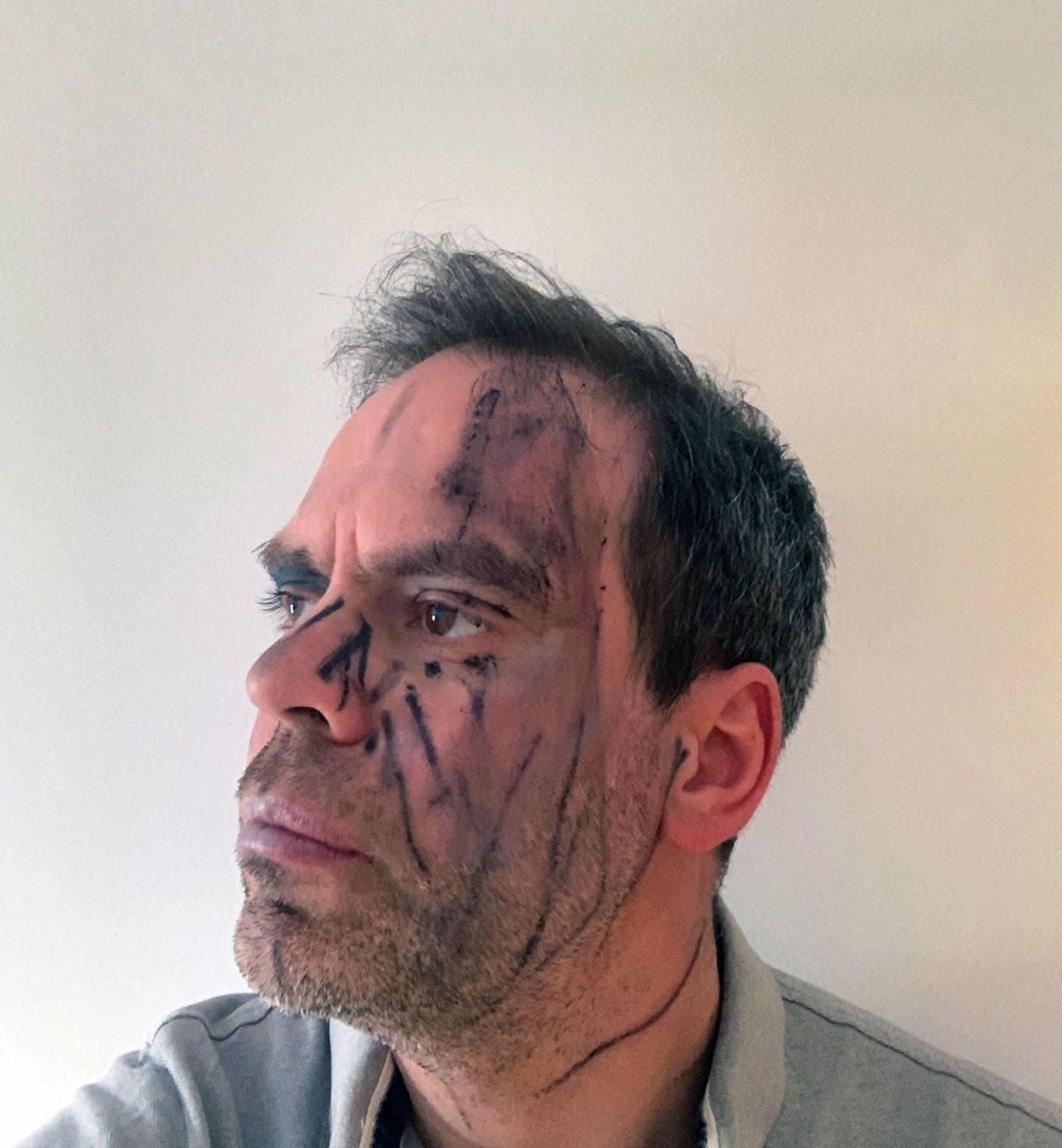 make up, cosmetics, should children wear make up, what age children makeup, dadbloguk, uk dad blog, dad blog