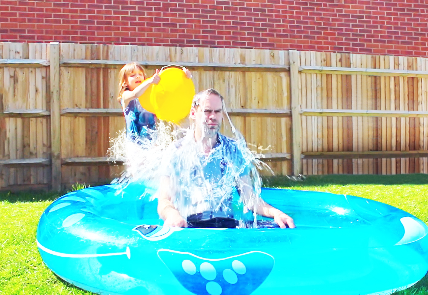 paddling pool, paddling pools, garden toys, hot weather, dad blog, dadbloguk, sahd, wahd, parenting