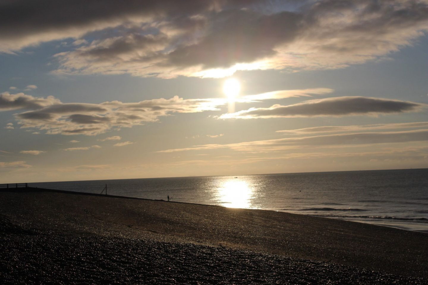 Hastings beach, sunrise, hastings Sunrise, English coast, coast of England, photographer, Photography, dadbloguk, dadbloguk.com,