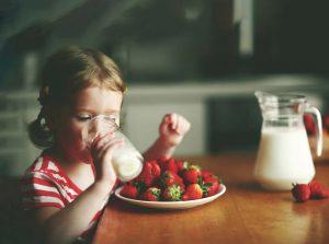 pre-schoolers and milk, preschoolers and milk, preschoolers, Noluma, lightdamageisreal