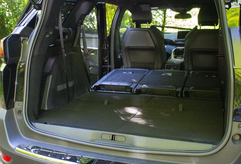 Peugeot, Peugeot SUV, Peugeot 5008 review, dad blog, dadbloguk, dadbloguk.com, professional blogger John Adams