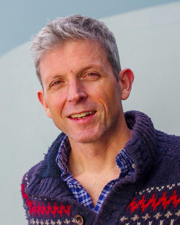 Dr Euan Lawson, Euan Lawson, podcaster, men's health, dadbloguk Q&A, Dad blog, men's health