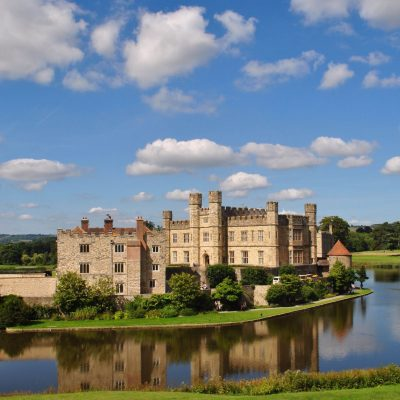 Historical attractions in Kent and Sussex with Bramley and Teal  (ad)