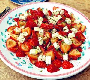 strawberry and feta salad, strawberry salad, strawberry recipes, strawberry salald