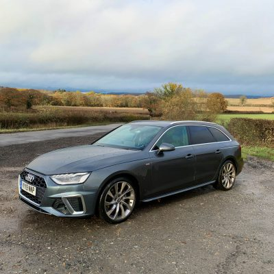 Preparing for Christmas with the Audi A4 Avant #AD