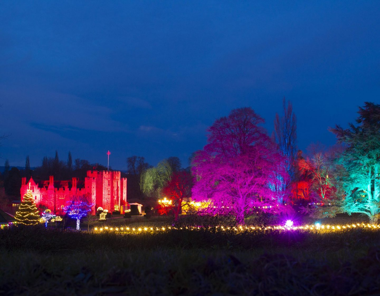 Hever Castle at night, long exposure photography, Hever castle at Christmas, Hever castle