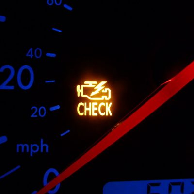 How well do you know your car dashboard warning lights? AD