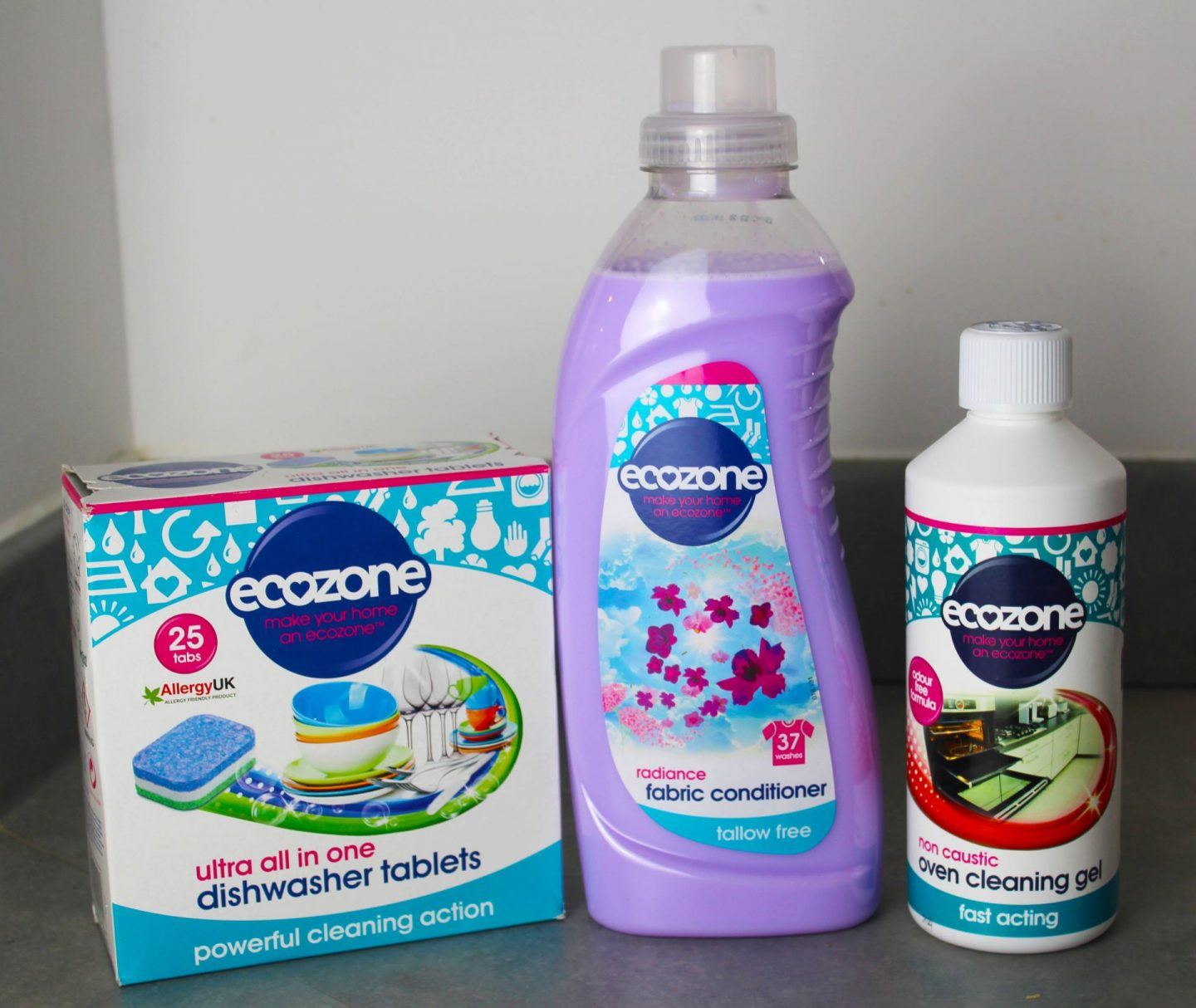 Picture of Ecozone eco-friendly cleaning products.