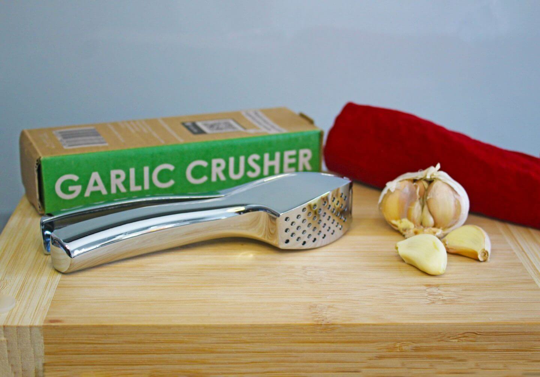 Garlic press and garlic press.  meals featuring garlic. Garlic recipe