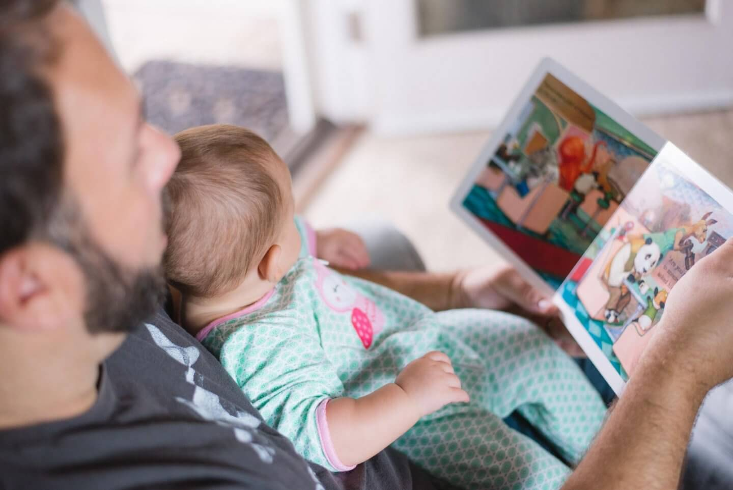 Dad with child. Aviva parental leave policy explained.