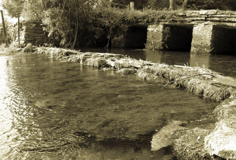 river leach, river crossing